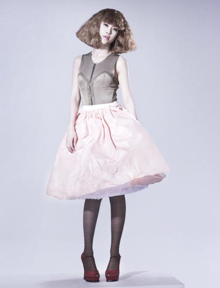 Váy giấy đẹp như mơ của sao Hàn - 10