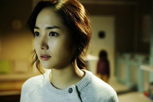 Top 4 phim kinh dị Hàn hot nhất hè 2011 - 5