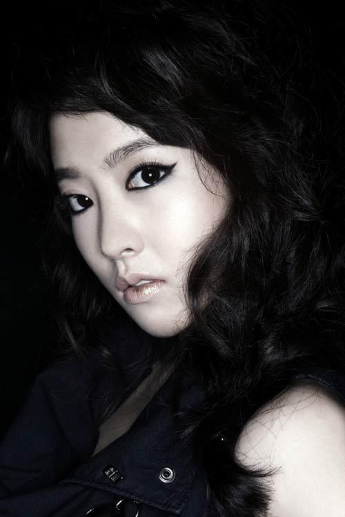 Top 4 phim kinh dị Hàn hot nhất hè 2011 - 11