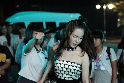 Top 4 phim kinh dị Hàn hot nhất hè 2011 - 14