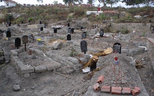 Nghĩa địa chôn toàn thanh niên! - 1