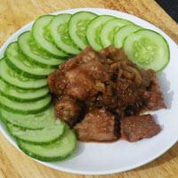Làm mới với món thịt heo xào mắm ruốc
