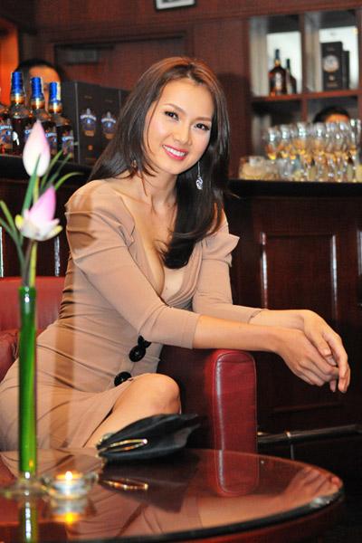 Sao Việt hấp dẫn và chưa đẹp tuần qua - 4