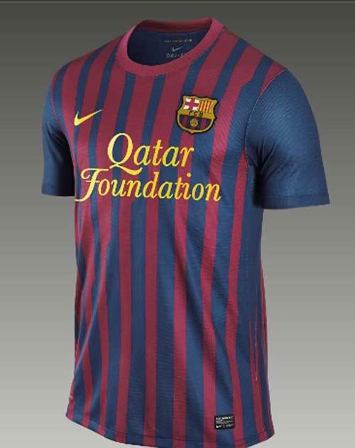 Lộ diện áo đấu của Barca mùa tới - 1