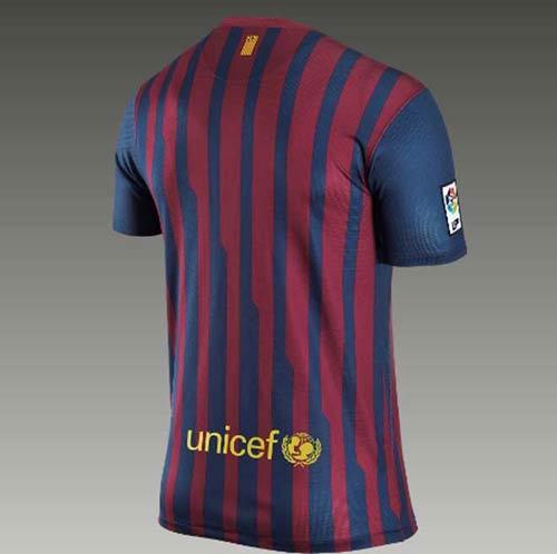 Lộ diện áo đấu của Barca mùa tới - 2