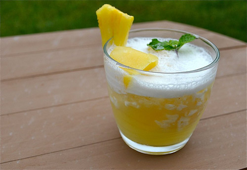 Nước ép dứa thơm ngọt vị dừa - 7