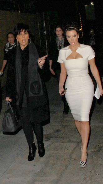 Học cách ăn mặc của Kim siêu vòng 3 - 13