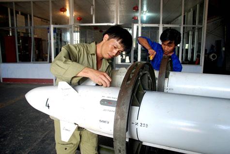 Cận cảnh chiến đấu cơ Việt khai hỏa - 1