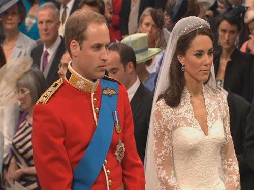 Rộ tin đồn vợ hoàng tử William khó có con - 2