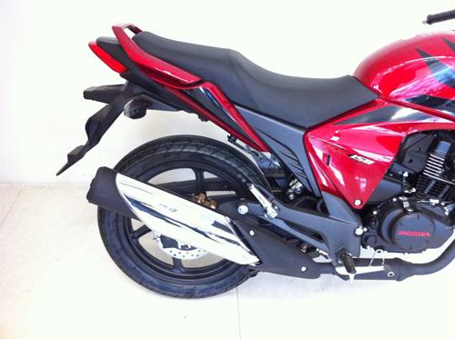 RR 150CC - Xe mô tô nhập khẩu của Honda - 5