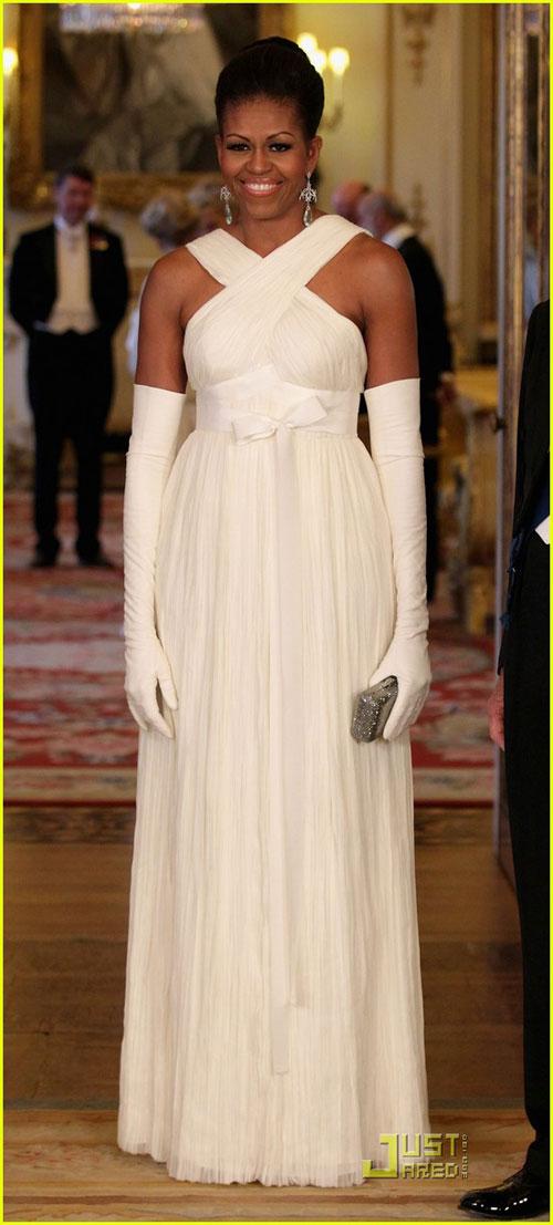 Kate Middleton mặc váy giá rẻ vẫn đẹp - 2