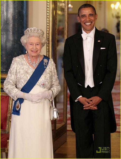 Kate Middleton mặc váy giá rẻ vẫn đẹp - 3
