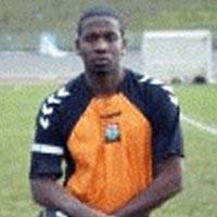 Cầu thủ trẻ bị đâm chết