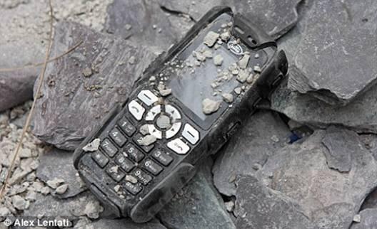 Điện thoại Siêu bền Land Rover S8 - 2