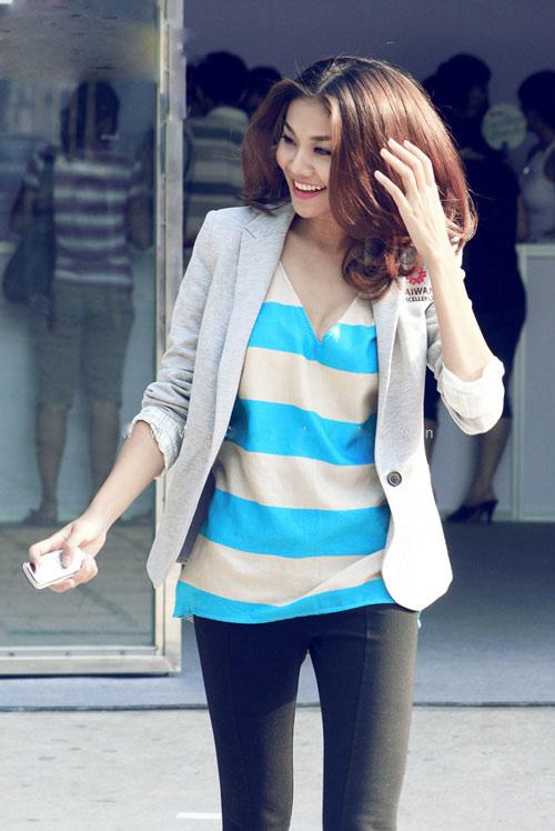 Học Thanh Hằng thời trang với áo pull - 7