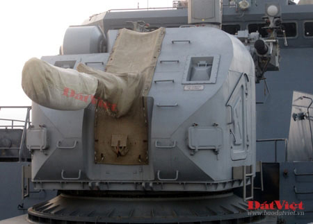 Cận cảnh hỏa lực chiến hạm Đinh Tiên Hoàng - 5