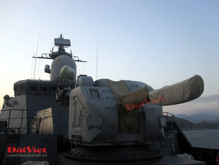 Cận cảnh hỏa lực chiến hạm Đinh Tiên Hoàng - 6