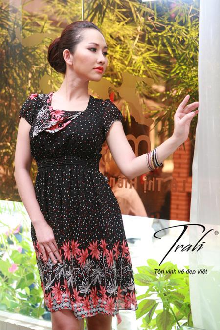 Kim Hiền xinh tươi với thời trang Trali - 2