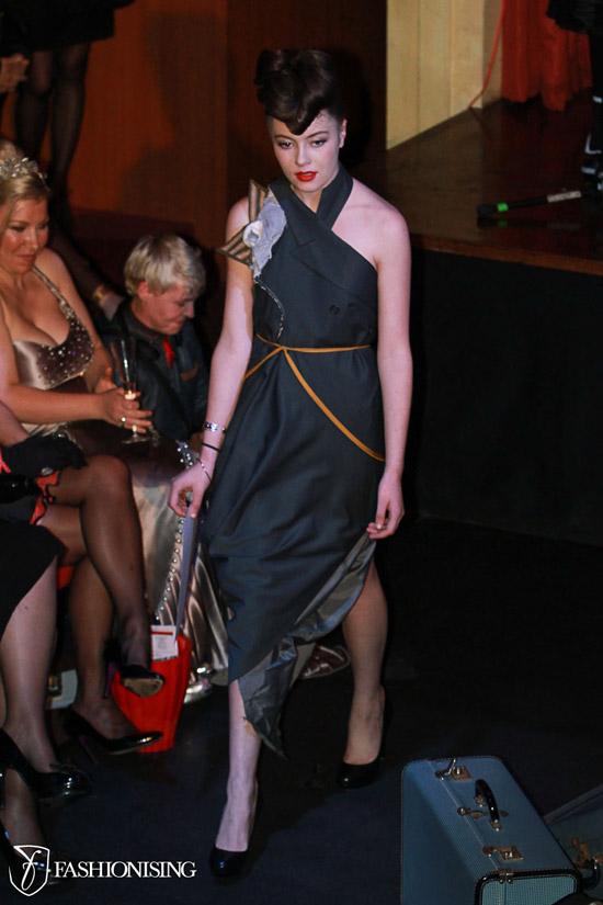 14 bộ trang phục đẹp dành cho quý bà - 5