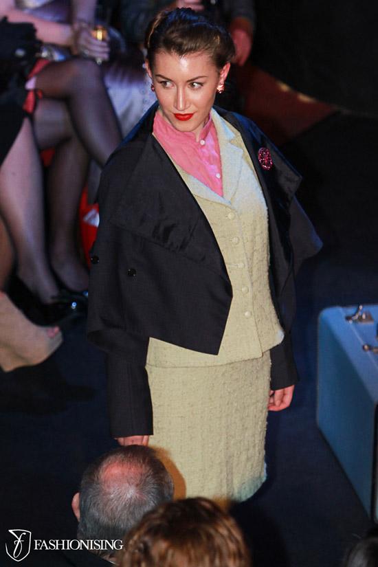 14 bộ trang phục đẹp dành cho quý bà - 19