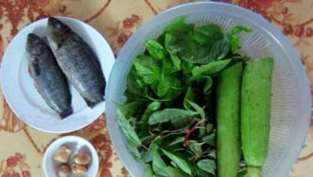 Canh rau đay mồng tơi nấu cá rô đồng - 1