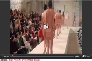 Sốc nặng với show diễn nude toàn tập - 2