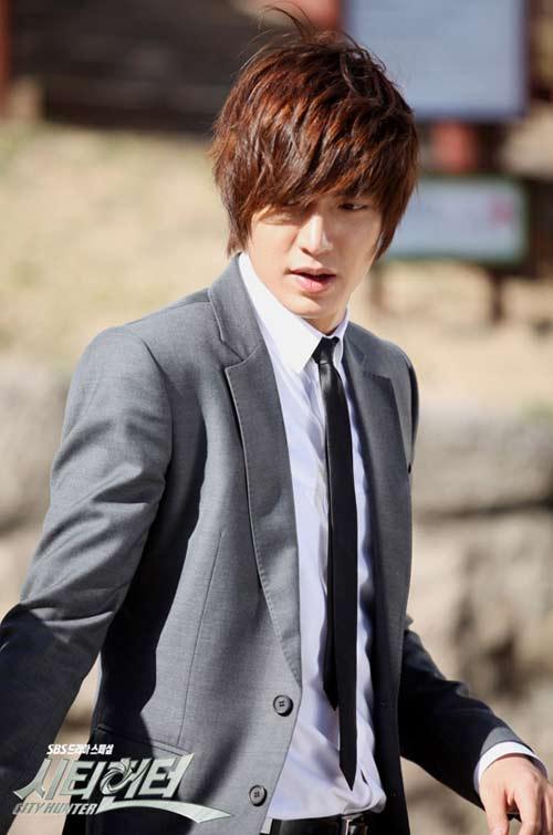 Phim mới Lee Min Ho: Dù hot vẫn ế - 1