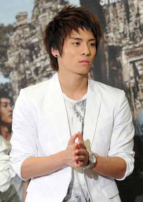 Phim mới Lee Min Ho: Dù hot vẫn ế - 12