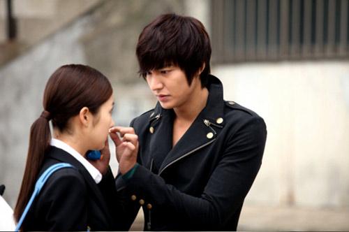 Phim mới Lee Min Ho: Dù hot vẫn ế - 6