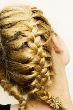 Làm duyên cùng tóc tết - 9
