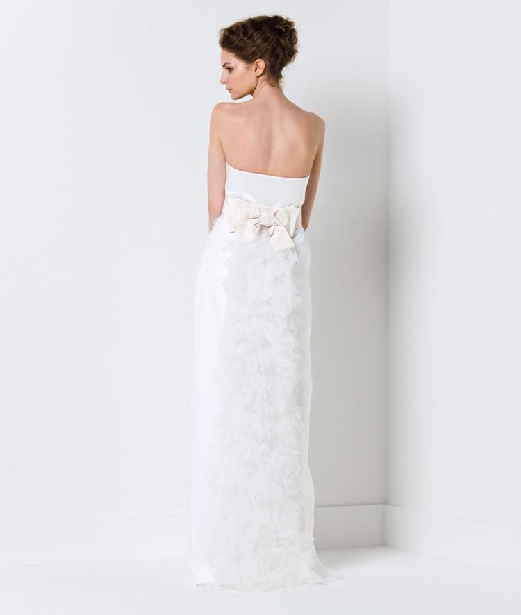Chọn váy cưới cho cô dâu nhỏ nhắn - 9