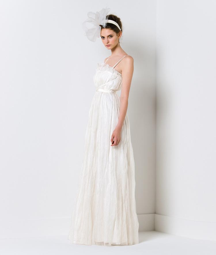 Chọn váy cưới cho cô dâu nhỏ nhắn - 25