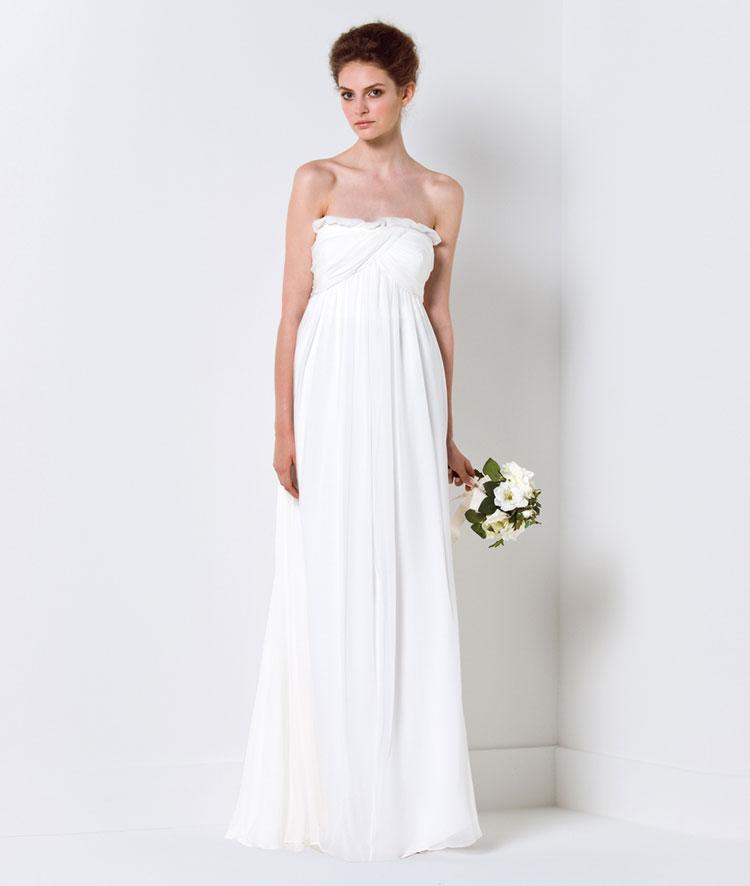 Chọn váy cưới cho cô dâu nhỏ nhắn - 23