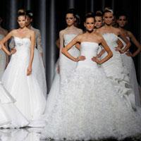 Lung linh váy cưới hàng hiệu Tây Ban Nha