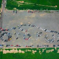 Kỷ lục Việt Nam: Mô hình xếp logo bằng ôtô lớn nhất