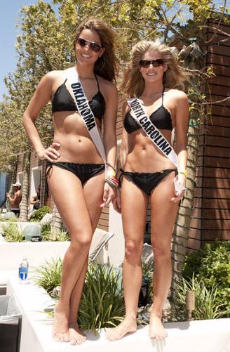 Đại tiệc bikini sexy của Hoa hậu Mỹ 2011 - 8