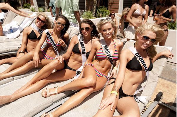 Đại tiệc bikini sexy của Hoa hậu Mỹ 2011 - 4