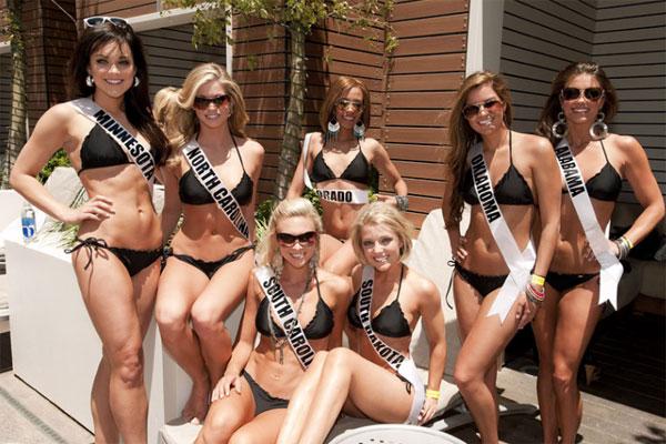 Đại tiệc bikini sexy của Hoa hậu Mỹ 2011 - 3