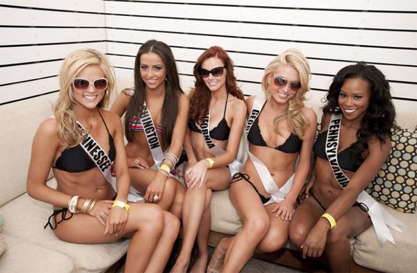 Đại tiệc bikini sexy của Hoa hậu Mỹ 2011 - 5