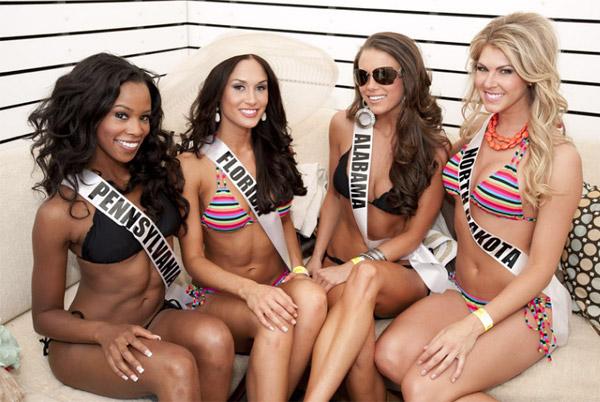 Đại tiệc bikini sexy của Hoa hậu Mỹ 2011 - 6