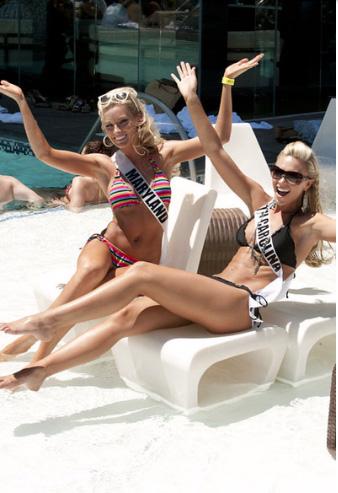 Đại tiệc bikini sexy của Hoa hậu Mỹ 2011 - 11