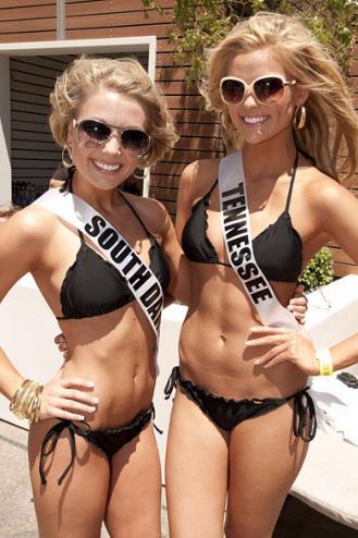 Đại tiệc bikini sexy của Hoa hậu Mỹ 2011 - 14