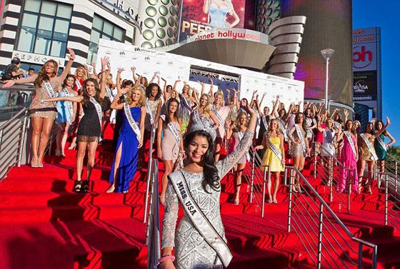 Đại tiệc bikini sexy của Hoa hậu Mỹ 2011 - 15