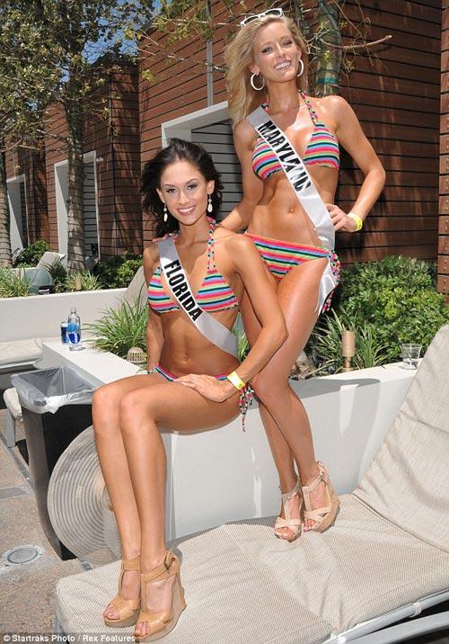 Đại tiệc bikini sexy của Hoa hậu Mỹ 2011 - 9