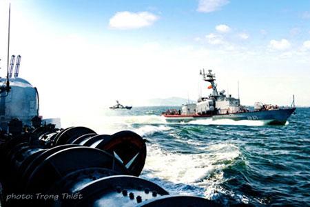 Hải quân Việt Nam luyện tập bắn đạn thật - 10