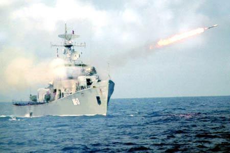 Hải quân Việt Nam luyện tập bắn đạn thật - 3