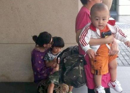 """Tạ Đình Phong bị vợ """"cắm sừng""""? - 4"""