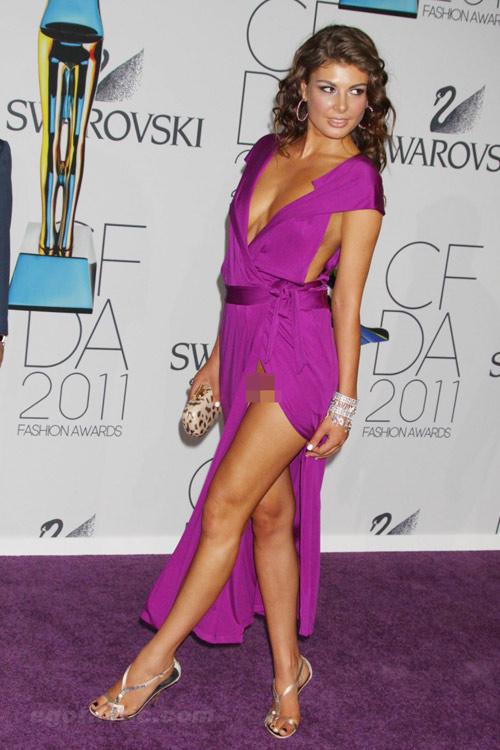 Hoa hậu Albani cả gan không quần chíp - 8