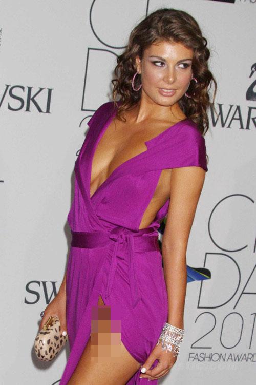 Hoa hậu Albani cả gan không quần chíp - 7