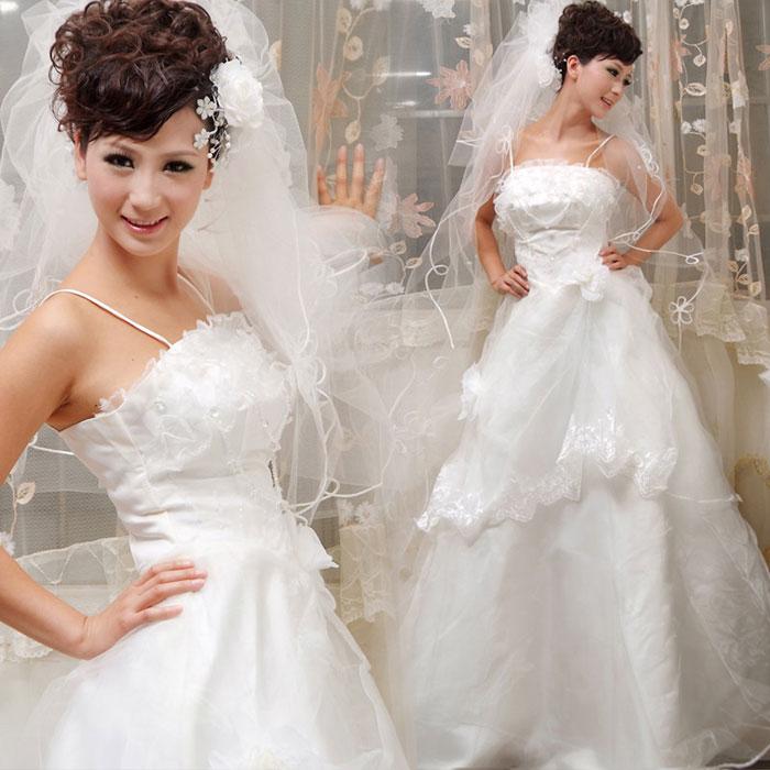 Sắm váy cưới Hàn Quốc giá bình dân - 1